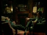 Пьяные в дрова Шерлок и Ватсон.